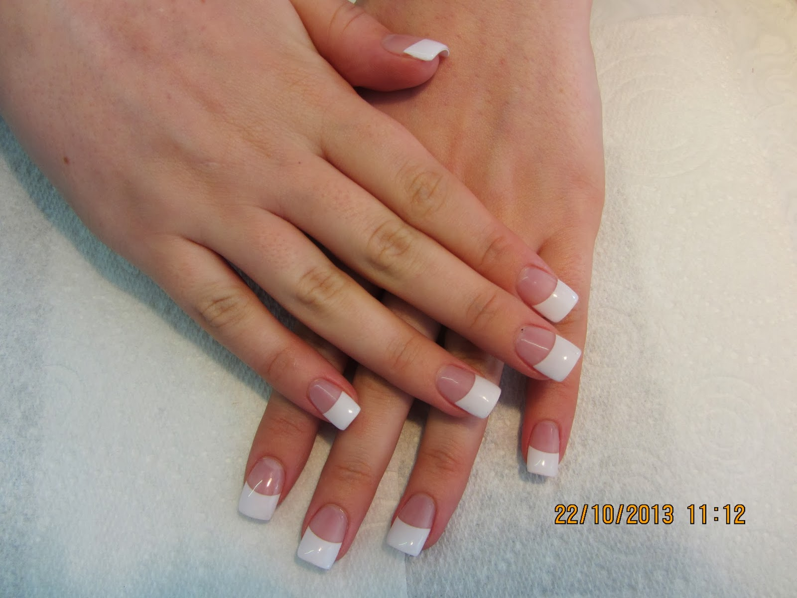 Kim 39 s nails salon for Acrylic nails salon