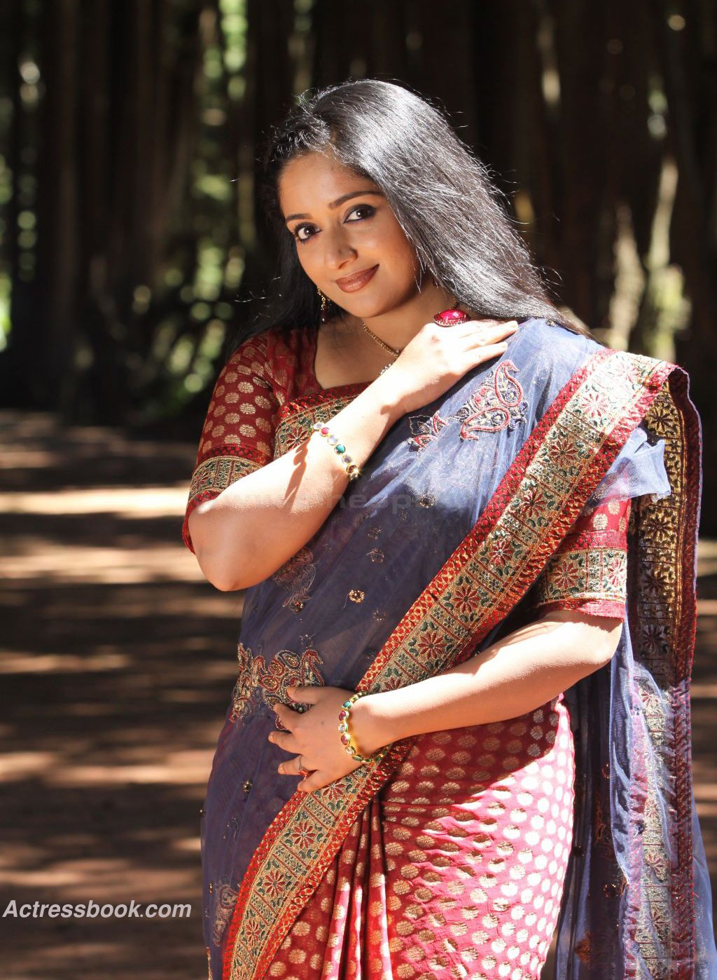 Actress Kavya Madhavan Hot Photos Malayalam Top Heroine