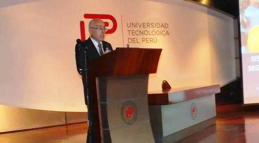 Oscar Rios Lamas. Profesor de Oratoria