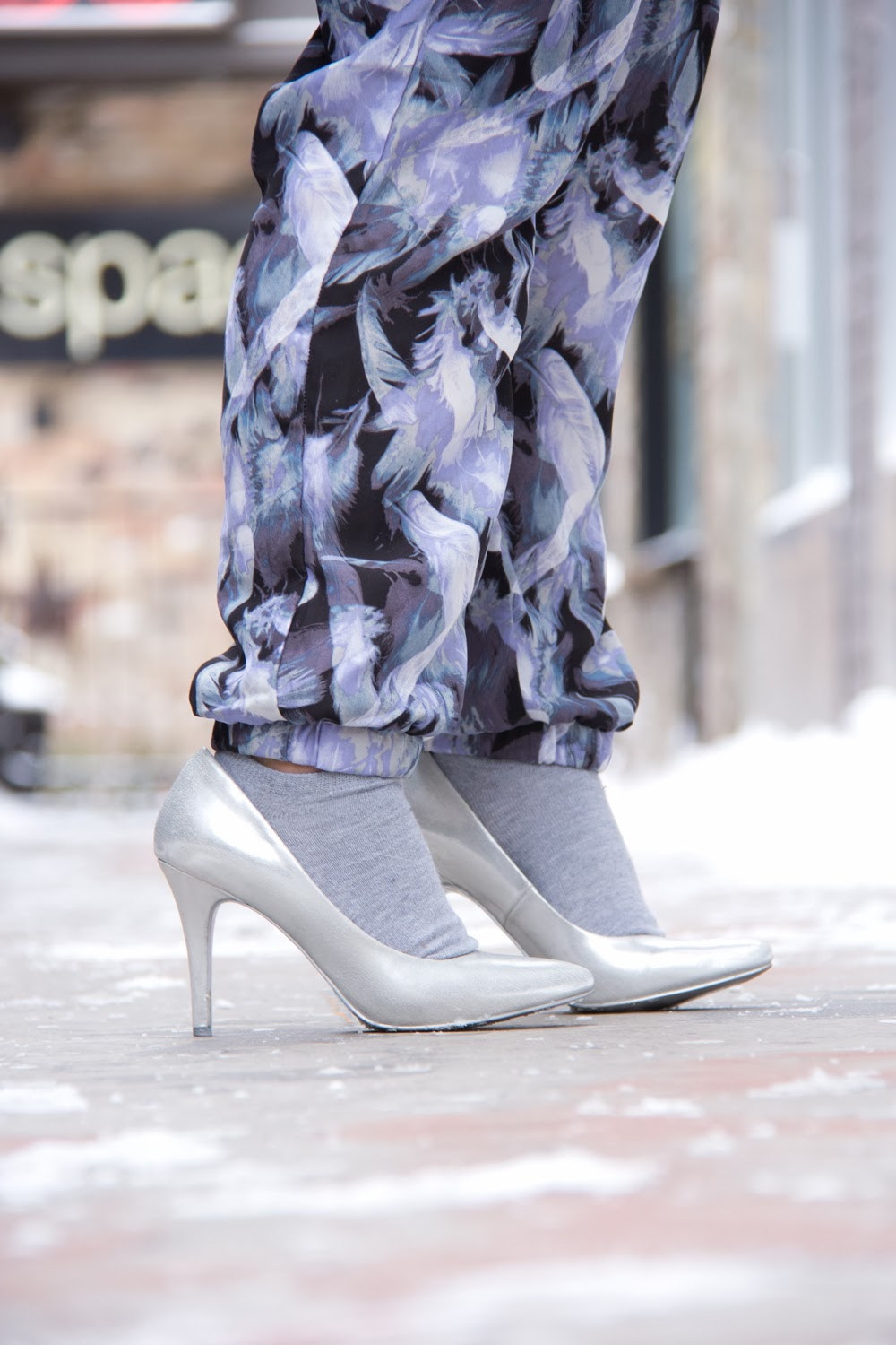 Print-Trousers, Socks-with-Pumps, Fashion-Blogger, Street-Style