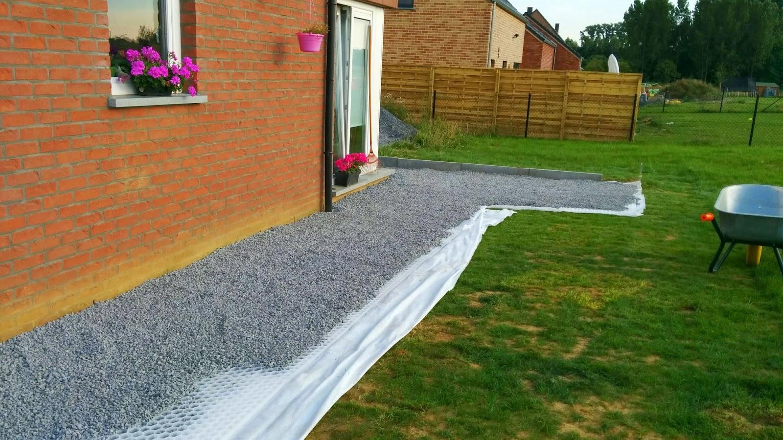 Bienvenue sur le blog de ninie terrasse mise en place for Allee devant maison