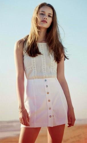 moda joven catálogo Piensa en blanco de El Corte Inglés falda blusa verano