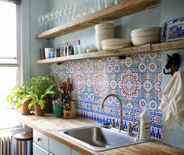Morrocan inspired kitchen backsplash