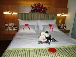 dekorasi kartini: bunga dekorasi kamar pengantin