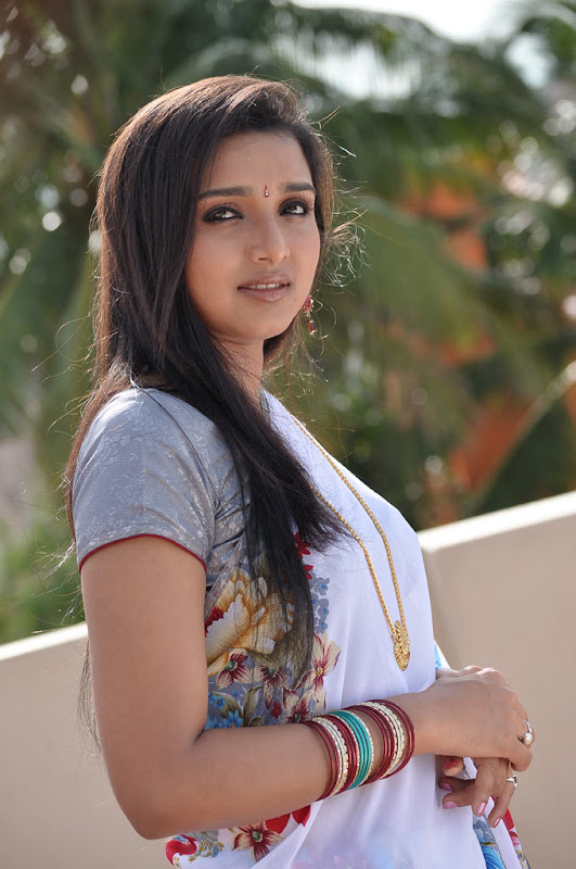 Yugam Stills DeepthiTelugu Actress Deepthi Latest Hot Stills gallery pictures