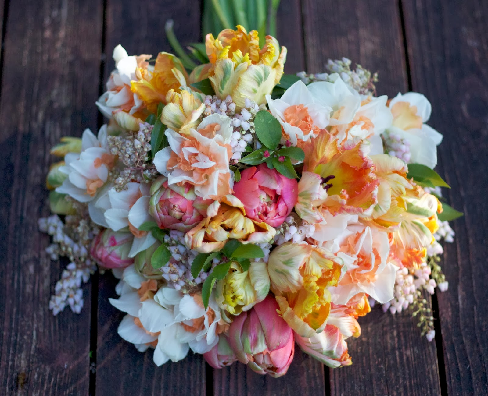 Fiori designs flowers for weddings in washington seattle everett