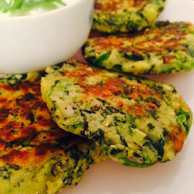 Healthy Spinach & Almond Fritters Recipe