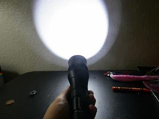 SecurityIng_1000_Lumens_Diving_Flashlight.jpg