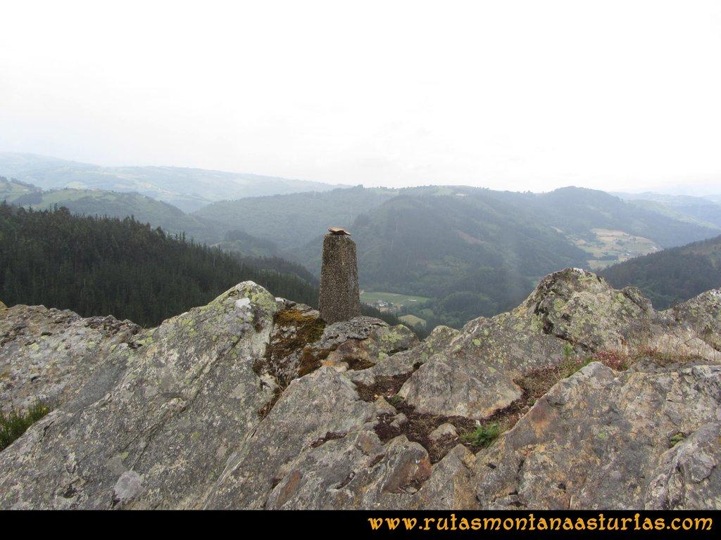 Ruta Hoces del Esva: Vista al valle de Navelgas