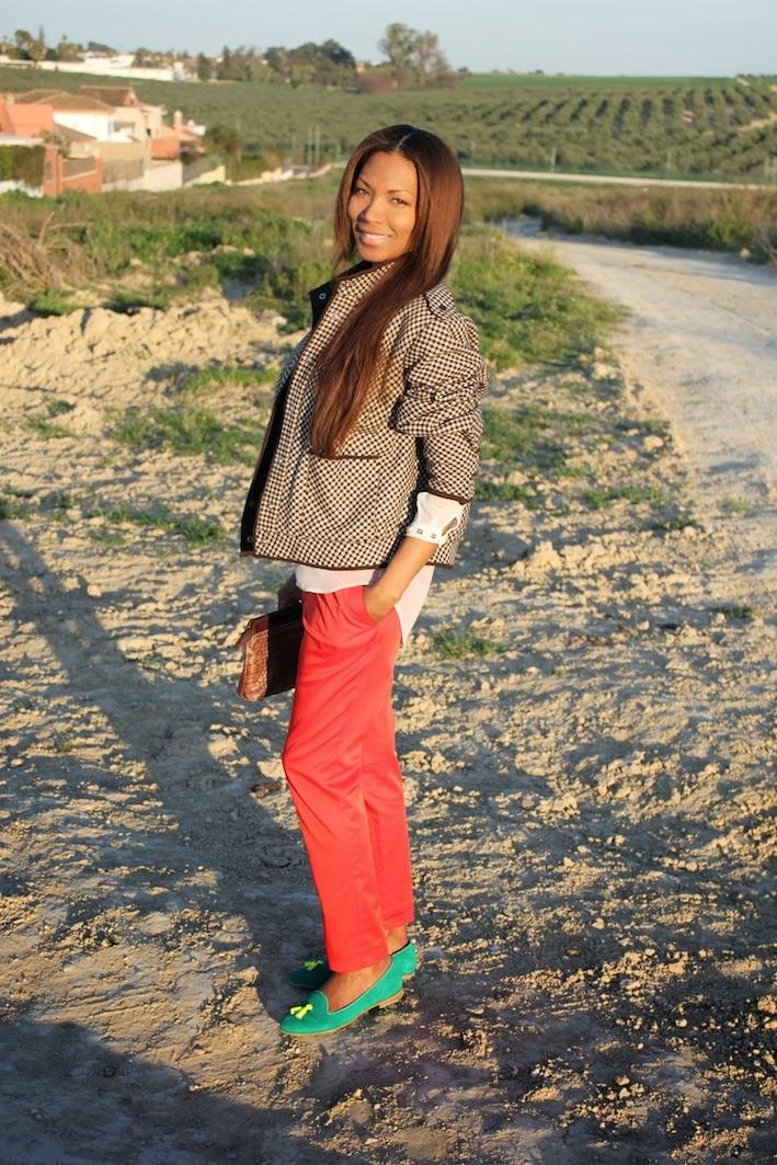 Blusa de zara, bomber vintage, patalon H&M, zapatos chatelles