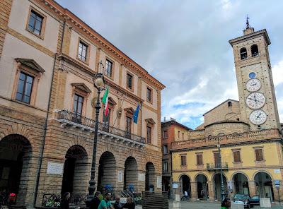 Tolentino - Municipio e Torre dell'Orologio