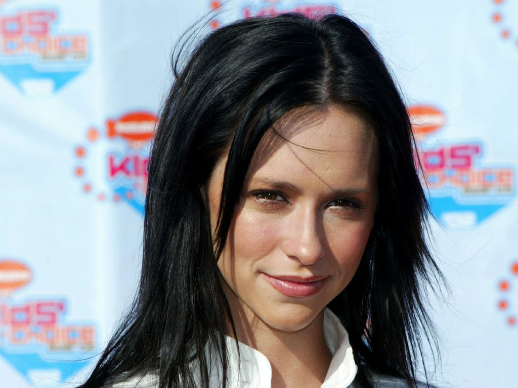 Shorthairtsyles Celebrity 2012 Jennifer Love Hewitt In Various