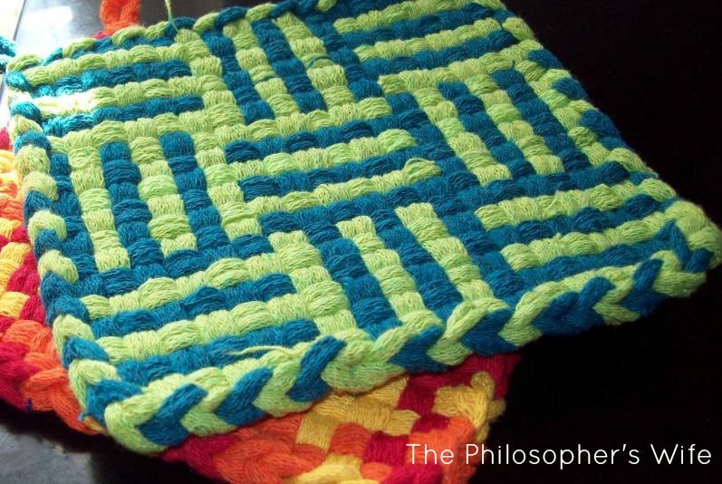 Loom Designed Potholder Sugar Bee Crafts