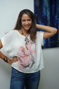 Lakshmi Manchu Latest Stylish Photos-thumbnail-8