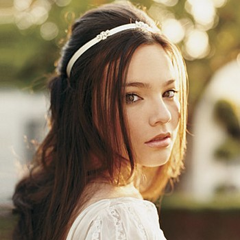 PALM READING TUTORIAL: Beautiful Wedding Hairstyles with Headbands