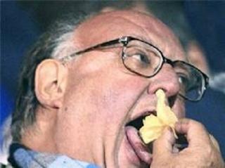 ΜΑΣ ΠΑΝΕ ΓΙΑ ΕΜΦΥΛΙΟ! Ετοιμάζουν ομαδικές συλλήψεις και δίκες χιλιάδων πολιτών - Δηλώσεις Θ.Πάγκαλου