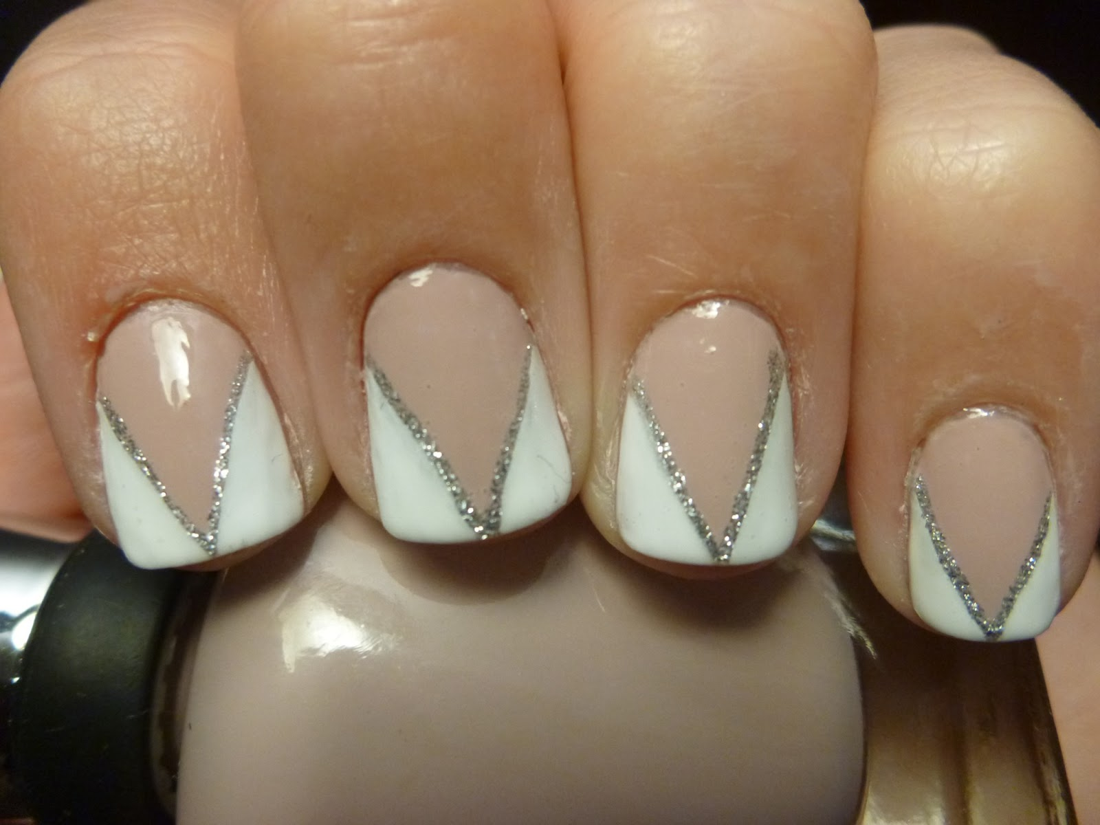 Adventures in Manicures: New nail shape and fancy french triangles