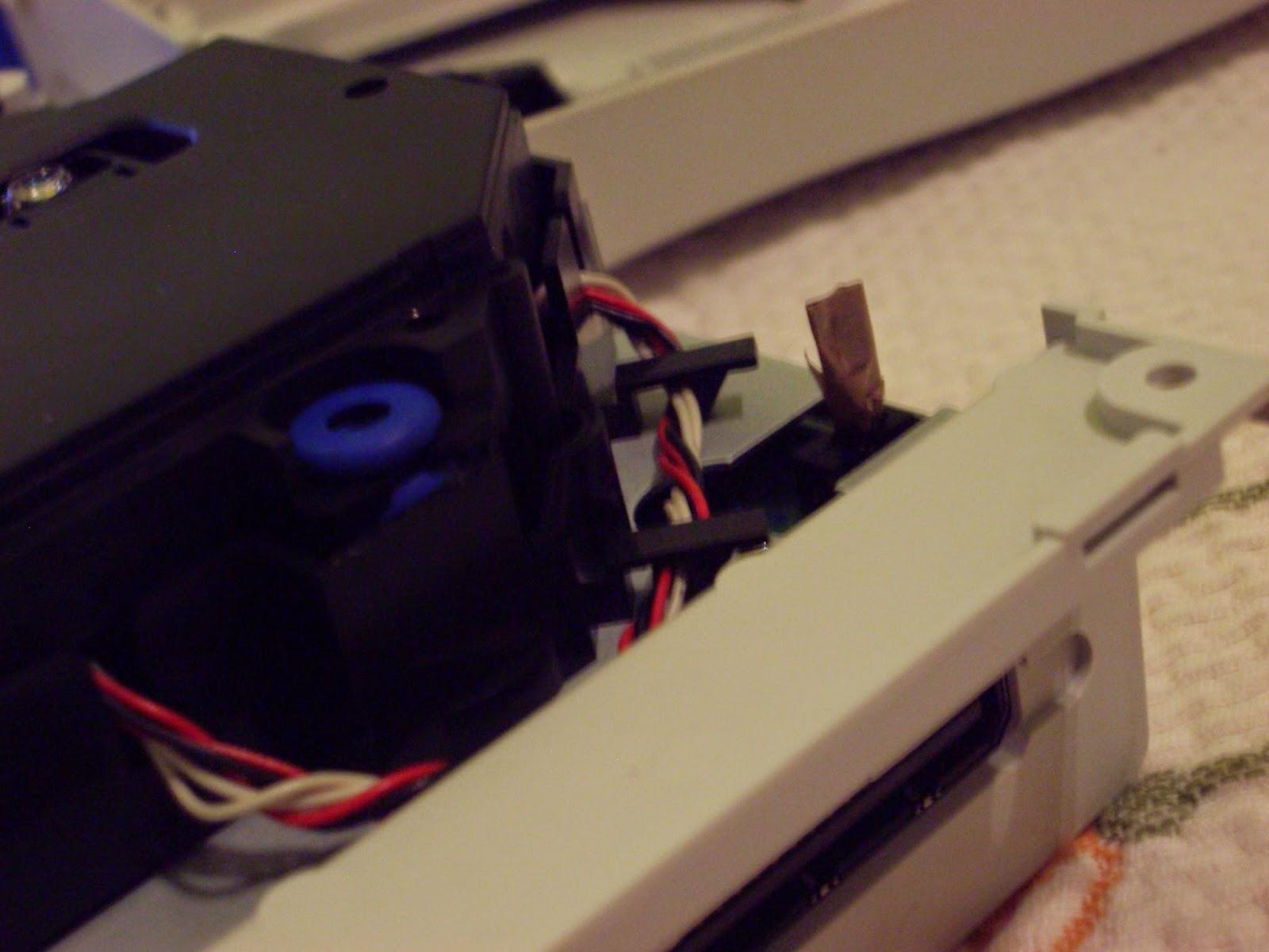Palanquita indicadora apertura GD-ROM