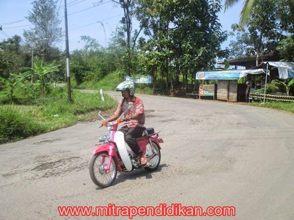 Peduli Keselamatan Berkendara Sepeda Motor di Jalan Raya