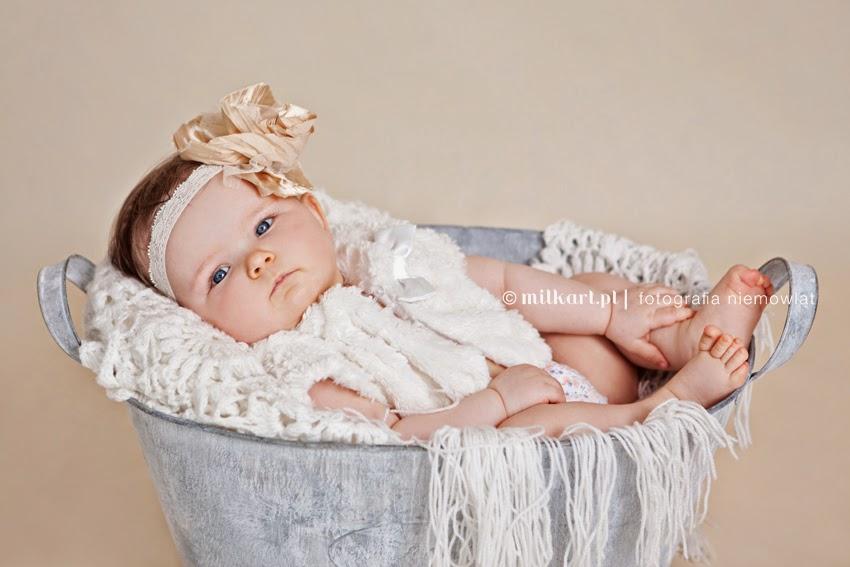fotografia niemowląt, sesja zdjęciowa dziecka, sesje fotograficzne noworodków, zdjęcia na roczek, fotograf dziecięcy