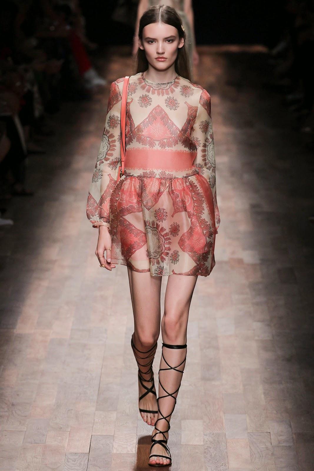 valentino 2015 summer 2016 trend women dress71 Valentino 2015 samling, våren sommaren 2016 Valentino klänning modeller, Valentino kväll klänning nya säsongen kvinnors kjolar modeller