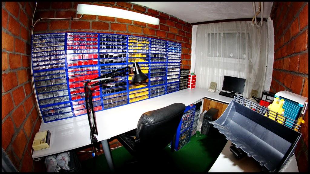 Limitlessbrickscom Building A Lego Room