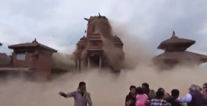Nepal earthquake video shows terrified tourists as the for Roohi bano latest pics