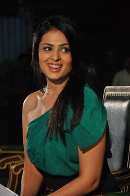 Sukhani hot anjana