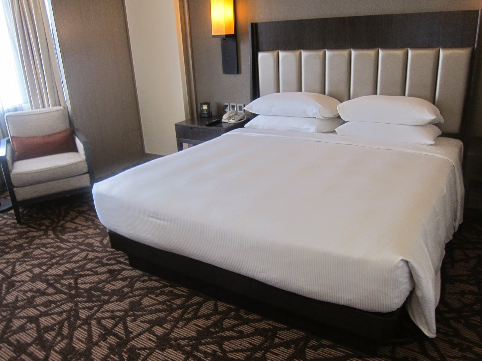 Hilton Petaling Jaya Executive Room Photos