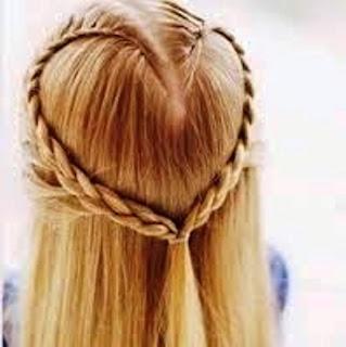 Gaya Rambut Kepang Love Anak Perempuan