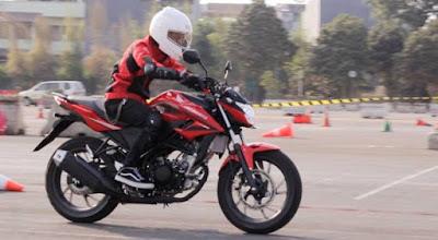 Data Penjualan Motor Honda Oktober 2015, All New CB150R Street Fire Naik 92,6 Persen