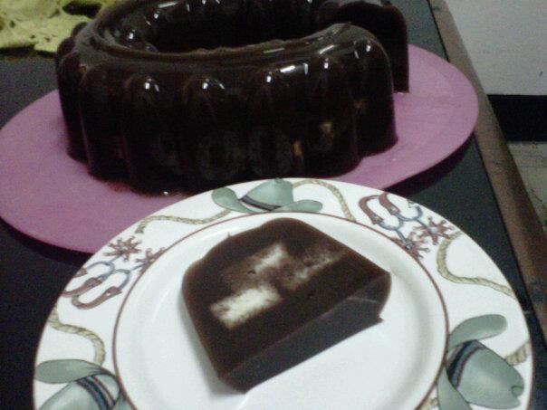 Puding Coklat Isi Roti