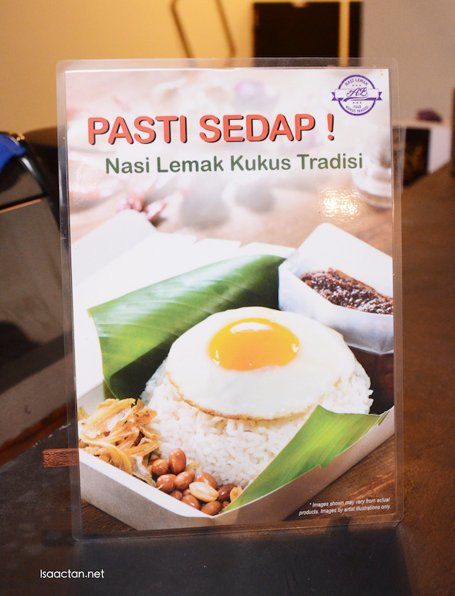 Must-try at Pholio Cafe would be their Nasi Lemak Kukus Tradisi