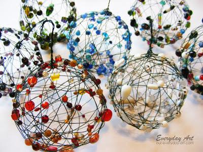 как сделать шарик из проволоки и бусин