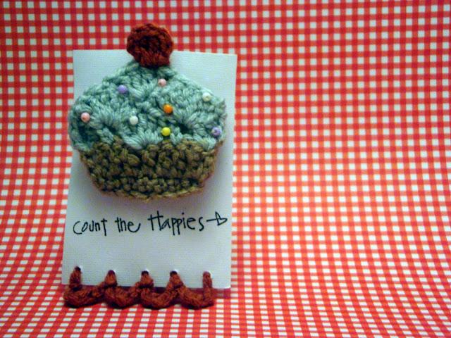 handmade crochet cupcake hair clip