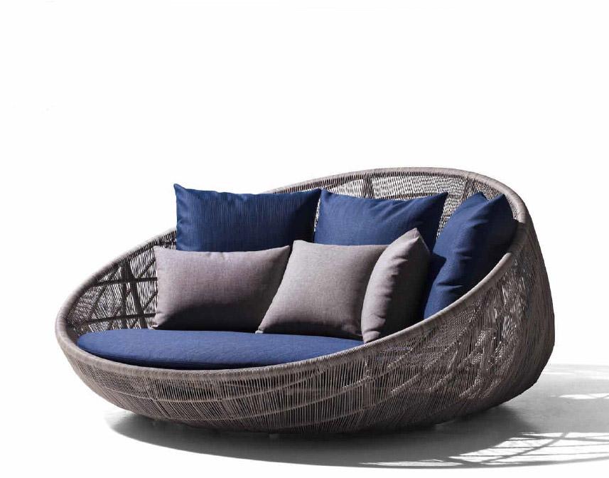 Canasta, il divano da esterno - IDEA ARREDO