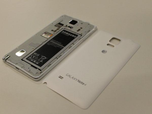13 điều Samsung Galaxy Note 4 có thể làm còn iPhone thì không
