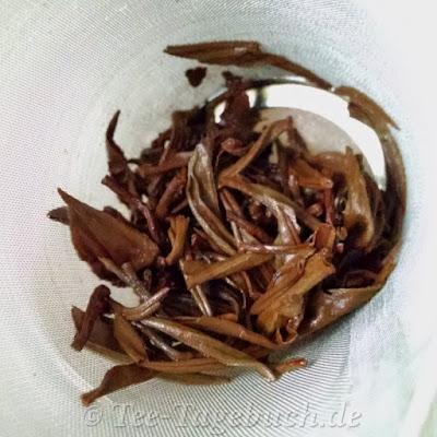 Nr. 2215, China Wuliang Golden Tips BIO