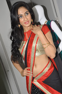 Deepti Sati  Pictures At Kalaniketan Event 008.jpg