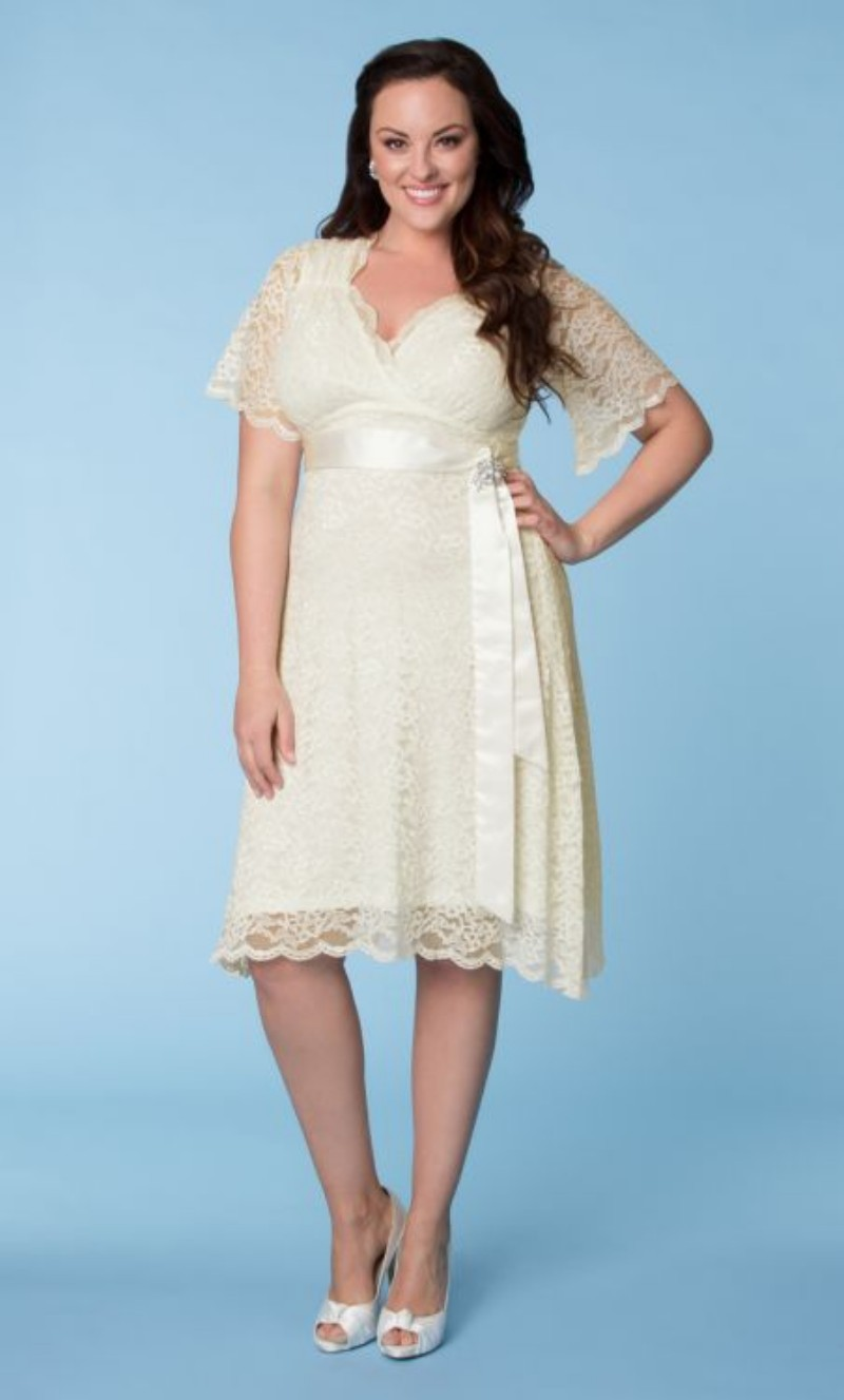 wedding dresses cold climates: Wedding Dresses With Plus Size Models