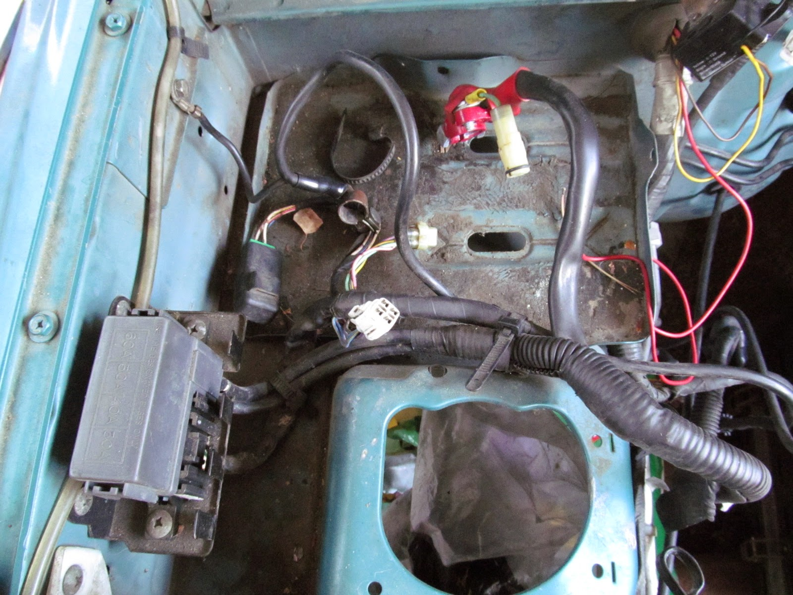 Mikes Projects 2014 1998 Suzuki Sidekick Power Window Fuse Box The Wouldnt Fit Through Hole In Firewall Anyway You Work Each Connector One At A Time