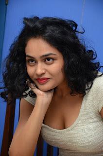Sheetal navel photos gallery
