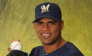 Brewers Kelvim Escobar