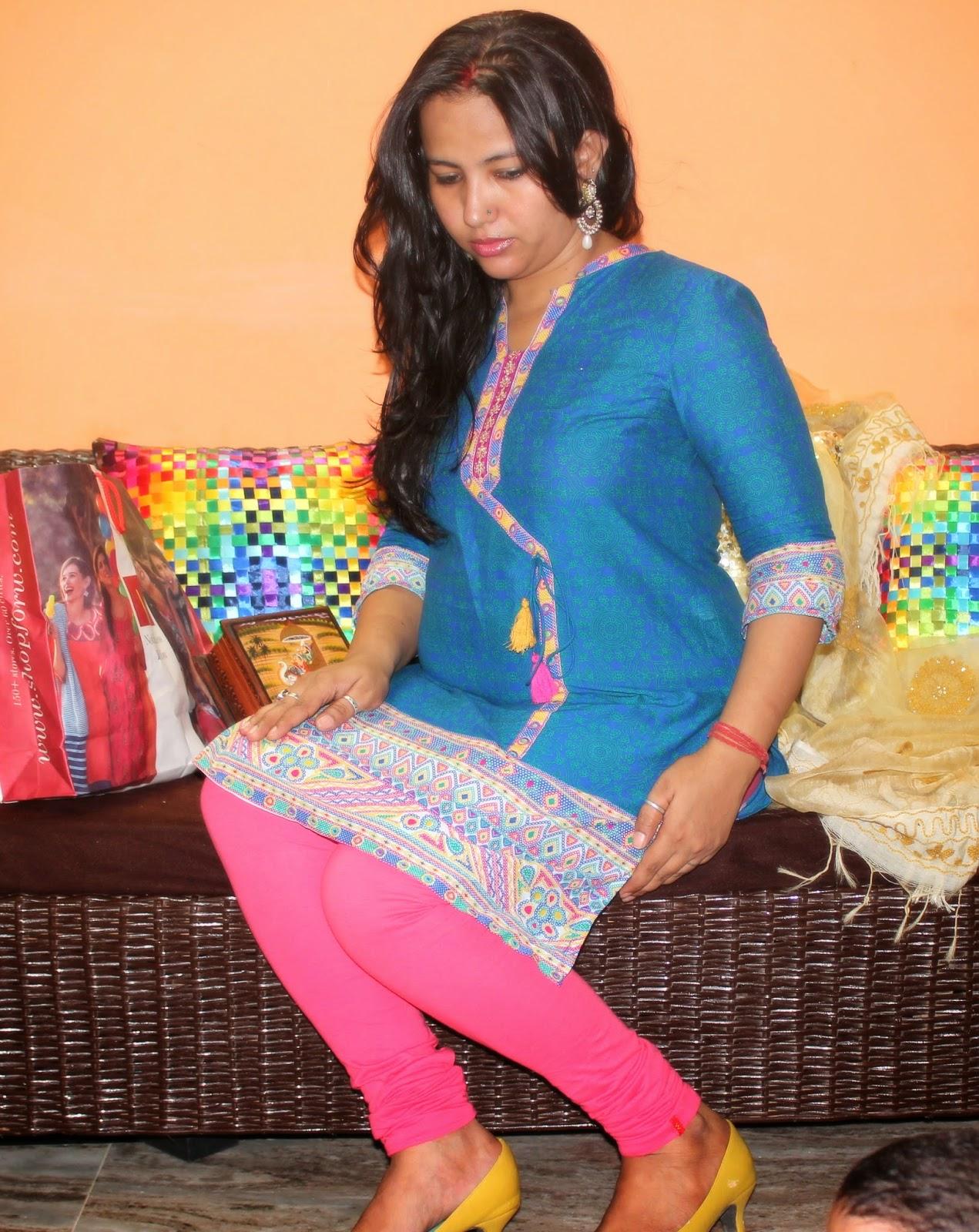 Hot indian girls in leggings