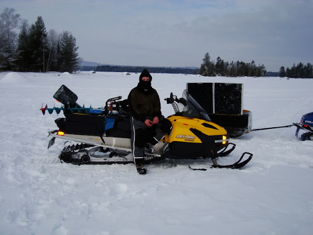 Ice Auger Carrier4