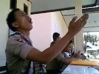 foto polisi gorontalo menggila