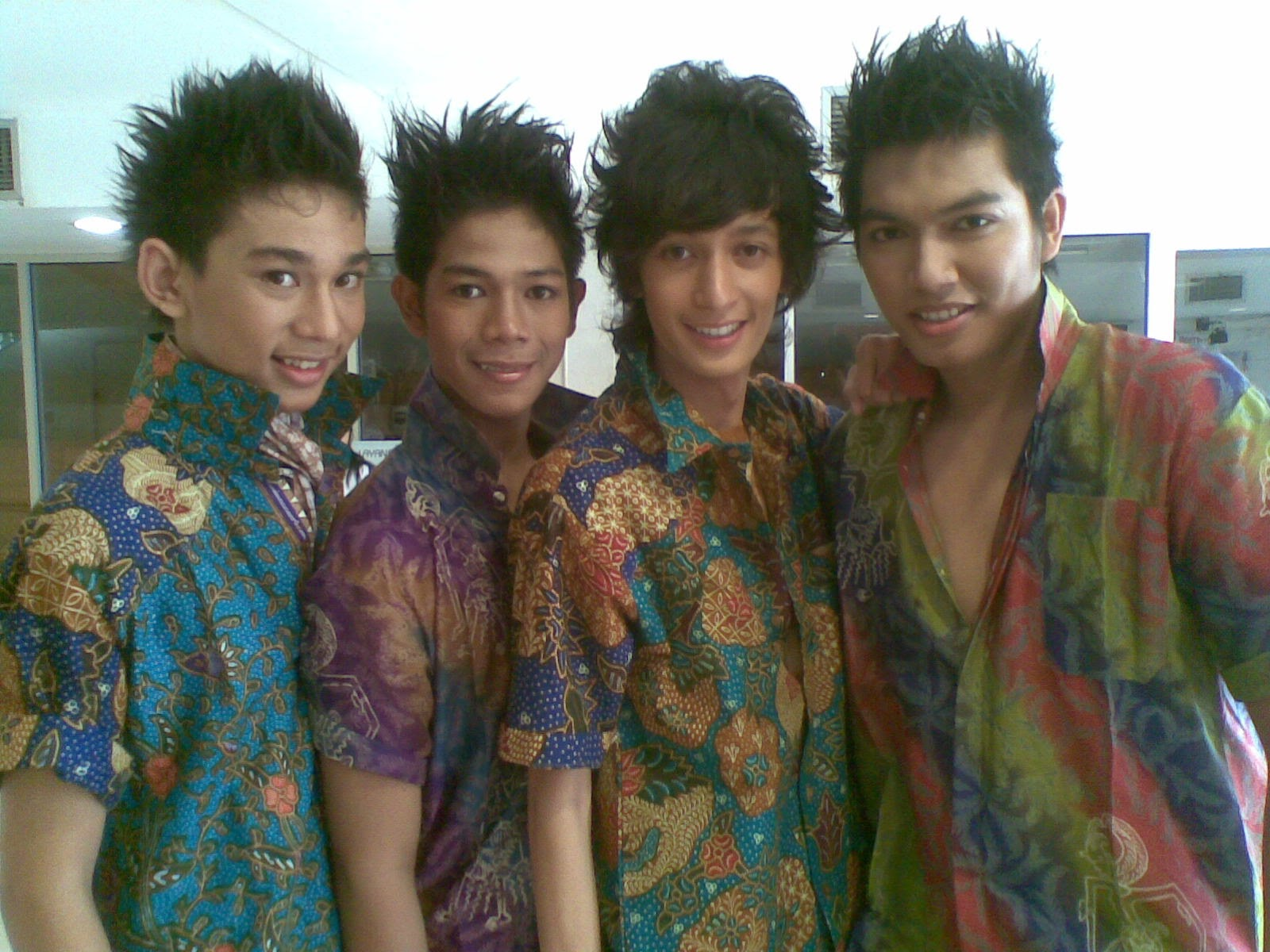 Batik Indonesian Clothes Designs For Boy S Latest Images