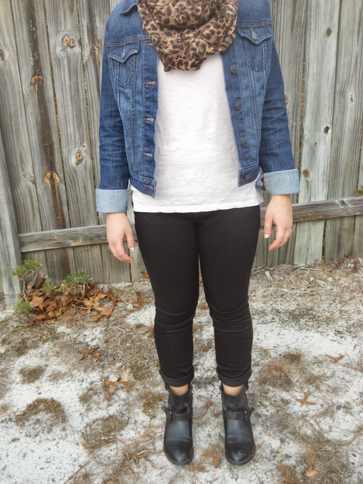 Good Juxtapositions. Pink lace top, black jeans, jean jacket, black ankle boots, leopard scarf.