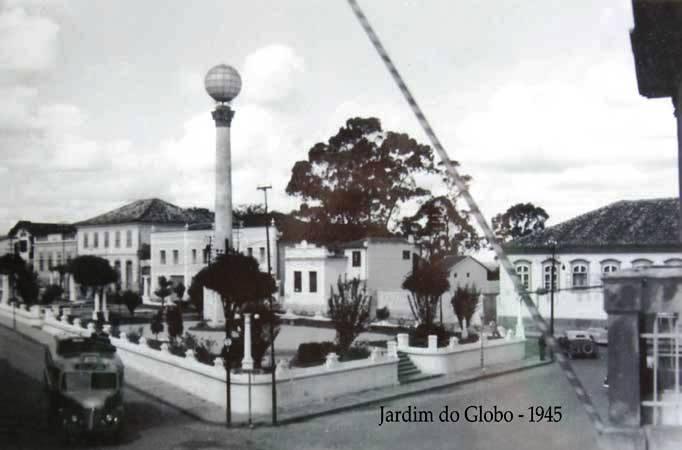 Praça Conde de Prados ou Jardim do Globo Barbacena MG