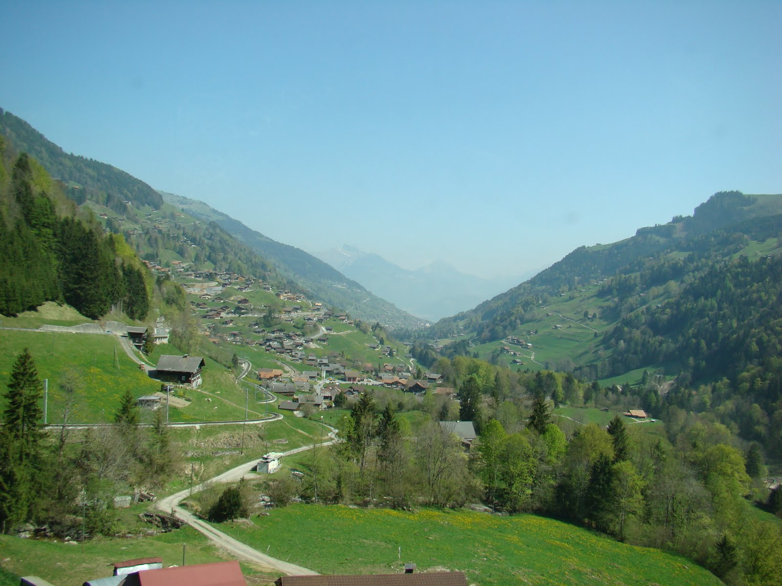 Lost in switzerland a foreign adventure adventure 9 0 - Lyon to geneva bus ...